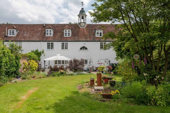 old-oak-court-wokingham-berkshire-for-sale-unique-property-company14.jpg