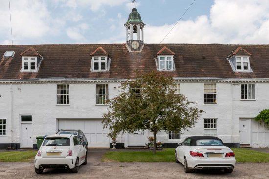 old-oak-court-wokingham-berkshire-for-sale-unique-property-company21.jpg