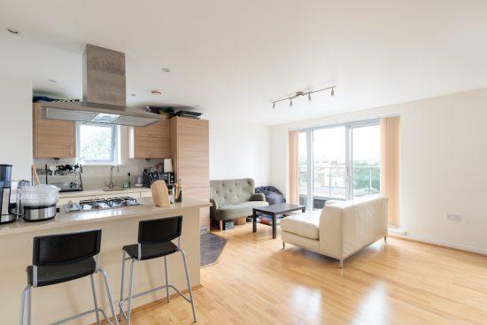 penthouse-apartment-bow-e3-for-sale-unique-property-company-3