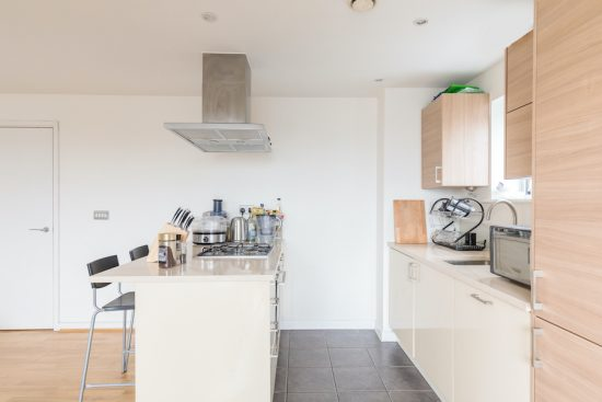 penthouse-apartment-bow-e3-for-sale-unique-property-company-4