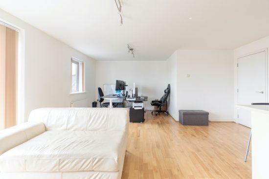 penthouse-apartment-bow-e3-for-sale-unique-property-company