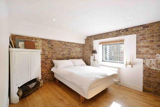riverside-loft-rotherhithe-street-SE16-master-bedroom