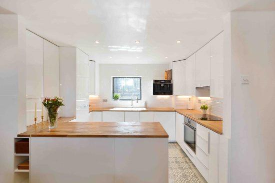 riverside-loft-rotherhithe-street-SE16-kitchen