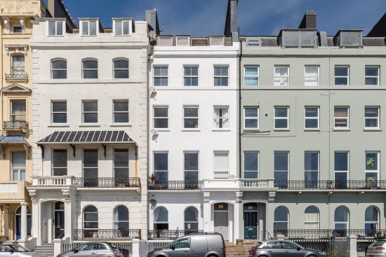 sea-view-apartment-hastings-sussex-tn38-for-sale-uniquw-property-company-9.jpg