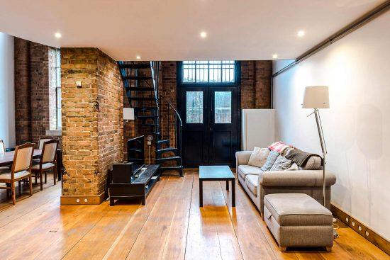 spratts apartment living room