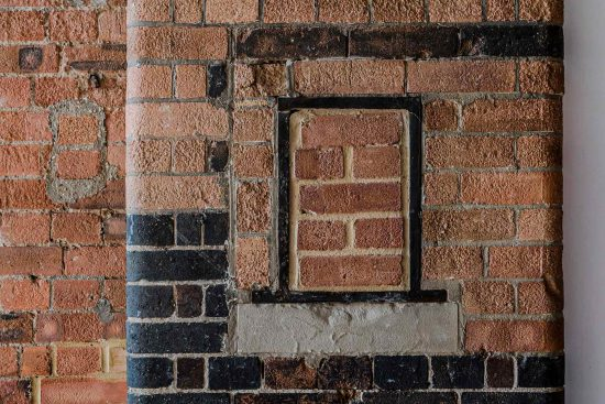 spratts apartment brickwork