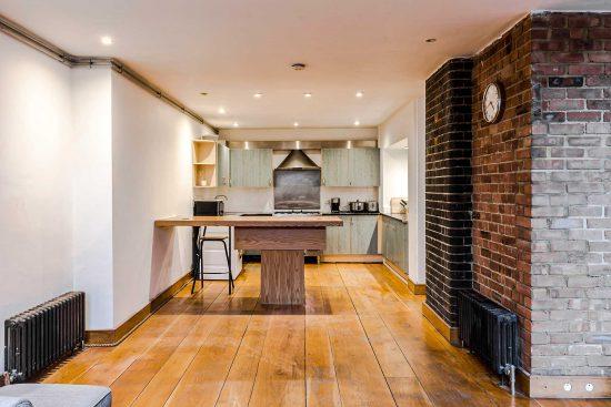 spratts apartment main kitchen