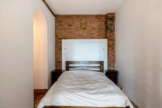 spratts apartment main bedroom