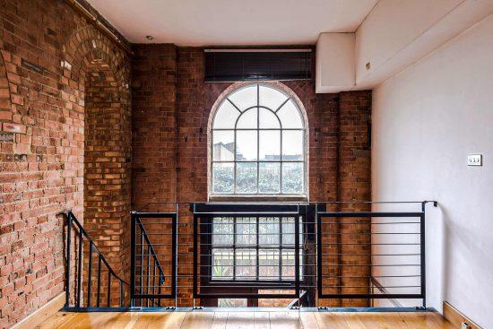 spratts apartment mezzanine