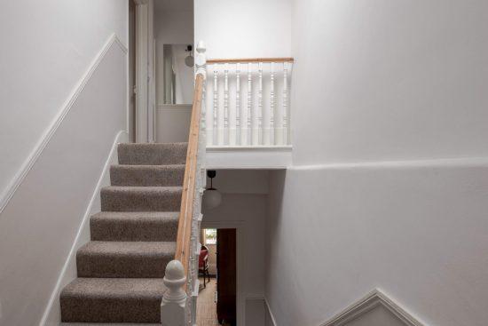 stairs-Umfreville-Road-green-lanes-n4.jpg