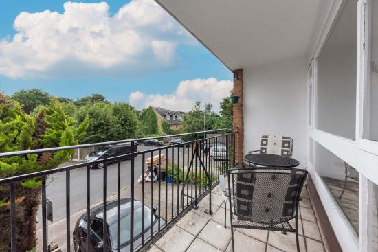 the-drummonds-buckhurst-hill-IG9-house-to-let13