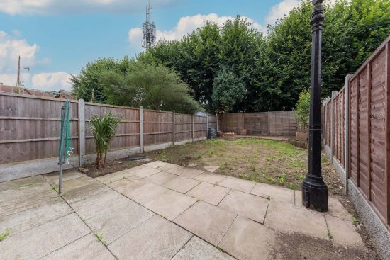 the-drummonds-buckhurst-hill-IG9-house-to-let5