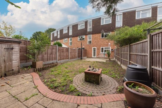 the-drummonds-buckhurst-hill-IG9-house-to-let8
