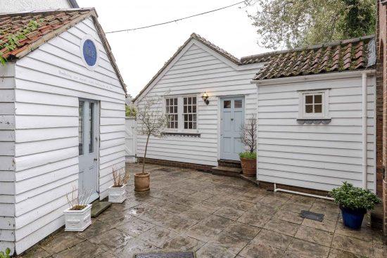 the-salt-box-thames-ditton-surrey-kt7-for-sale-unique-property-company10