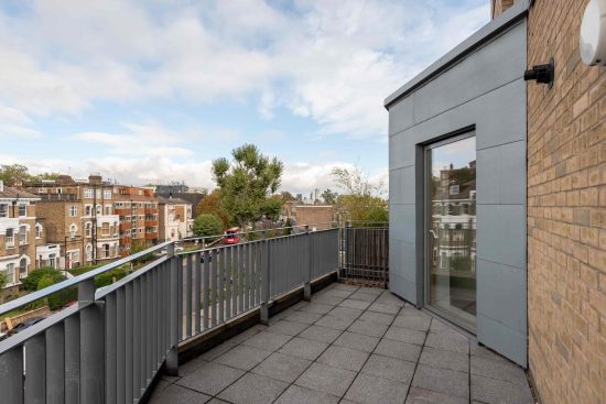 three-bedroom-apartment-green-lanes-n19-20
