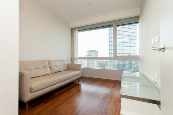 two-bedroom-apartment-canaletto-tower-islington-london-n1-17